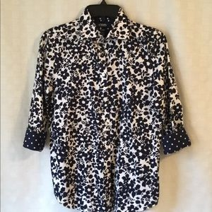 CHAPS Blouse button down. LIKE NEW